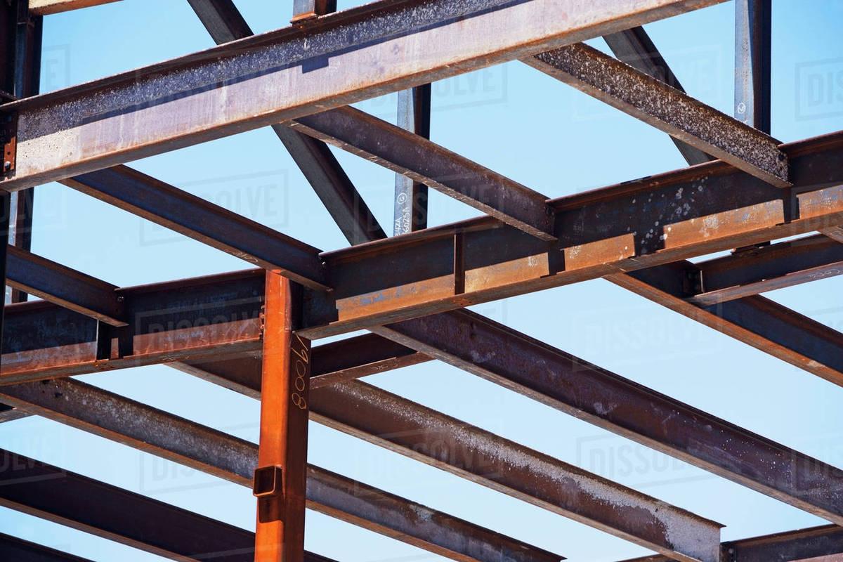 تقویت سازه های فولادی